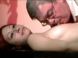 He consoles his darling girlie the way he wants and plays with her wet pussy in this video.